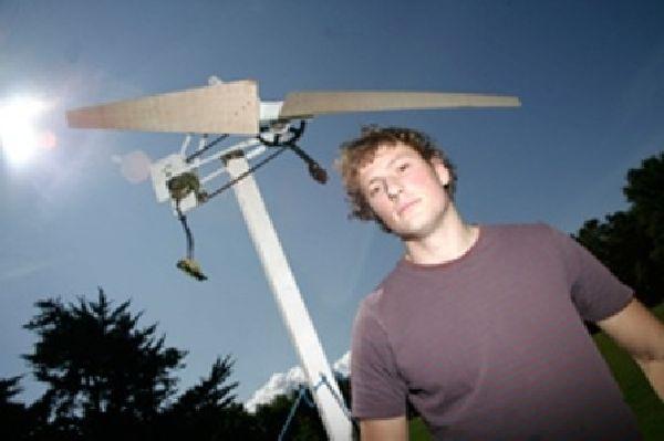 Low-cost wind turbine