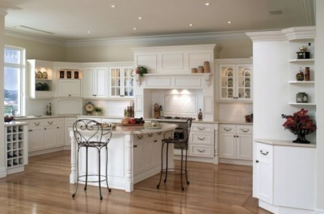 Adding a green touch to the antique kitchen cabinets