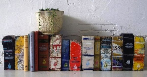 Artist Transforms Old Bricks Into Classic BooksArtist Transforms Old Bricks Into Classic Books