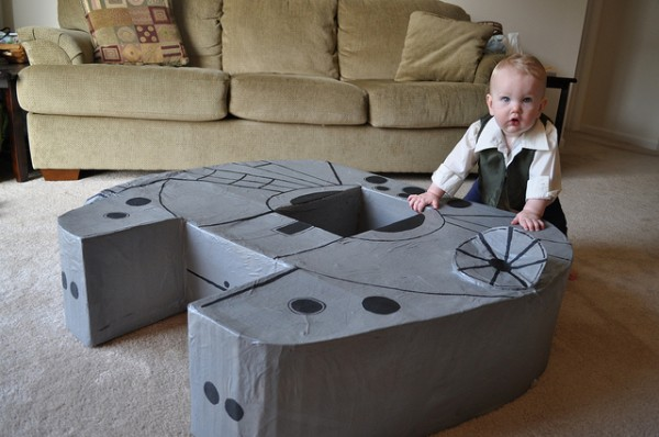 Awesome Parents Built a Millennium Falcon for Their Kid