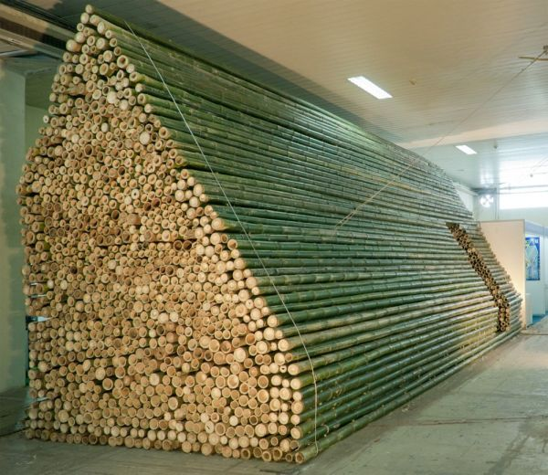 Bamboo Booth 2012 by Vo Trong Nghia