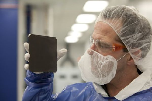 Natcore Tech Synthesize Black Solar Cells That Absorb 99 7