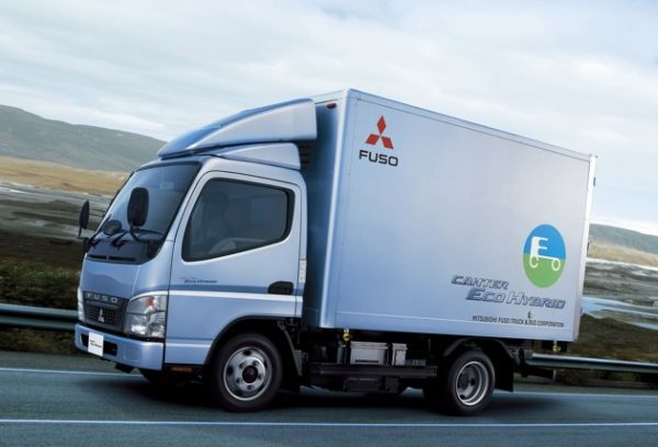 Canter eco hybrid Truck