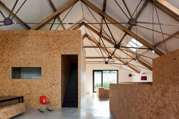 Charming low-budget conversion of a barn in the English provinces