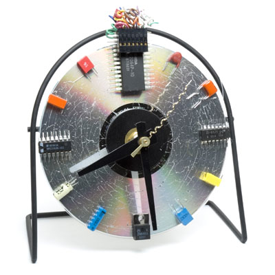 Recycled Desk Clock From CD-Rom