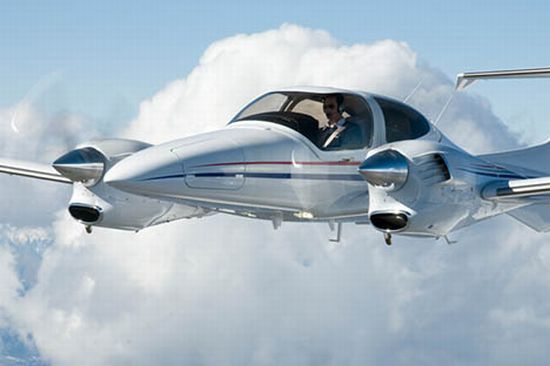 Eads Completes The World S First Flight Powered Entirely