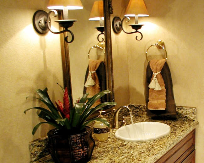 Eco-Friendly Faucet for the Powder Room
