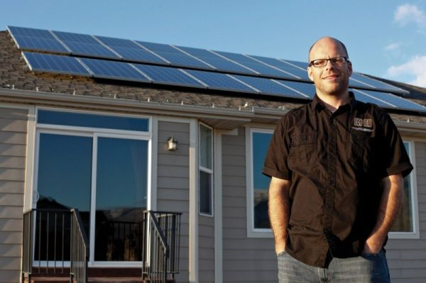 Electrical engineer runs his truck, heats his house by the sun