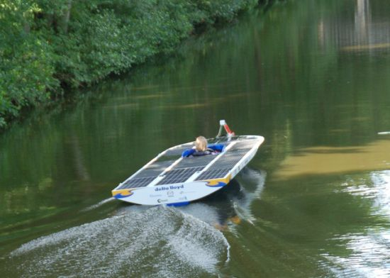 Diy Solar Powered Boats Race For Supremacy At The Frisian