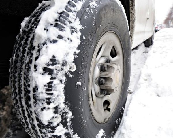 German scientists unveil 'intelligent' tyre for all weather