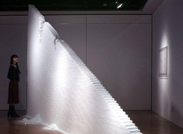 Giant sculptures out of SALT