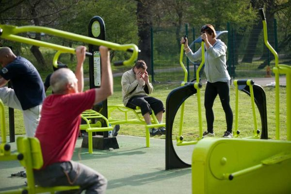 great green outdoor Gym