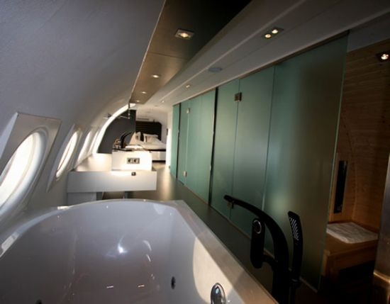 Hotel suite 4 hotel suite 5 hotel suite 6 via cubeme trendhunter cold war era aircraft transformed into luxury