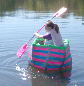 Five diy boats made from recycled materials ecofriend for Projects made out of recycled items