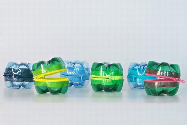 Plastic bottoms for purses