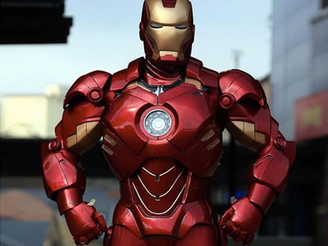 Iron Man Suit Out of Cardboard and Fiberglass