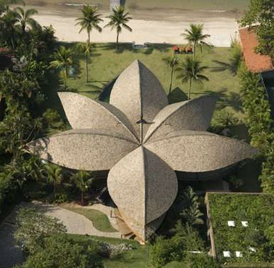 Eco Firendly Architecture: The Leaf House