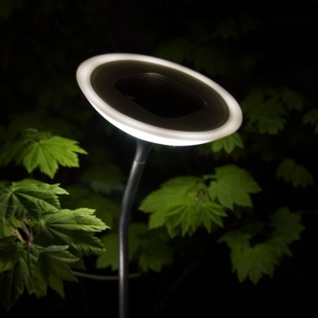 Solar-powered outdoor lighting system from Corona - Promoting Eco