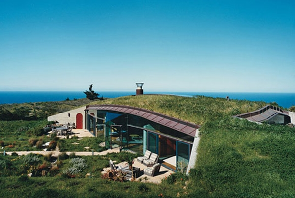 Five modern trends in sustainable architecture ecofriend for Living off the grid house plans
