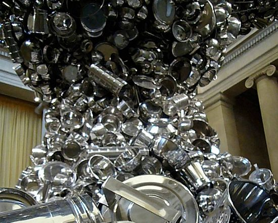 mushroom cloud sculpture by subodh gupta 4