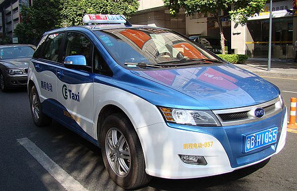 New BYD E-Taxis