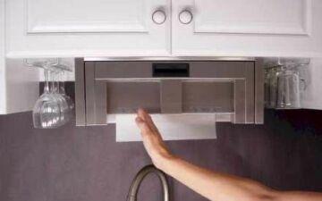No Touch Paper Towel Dispenser