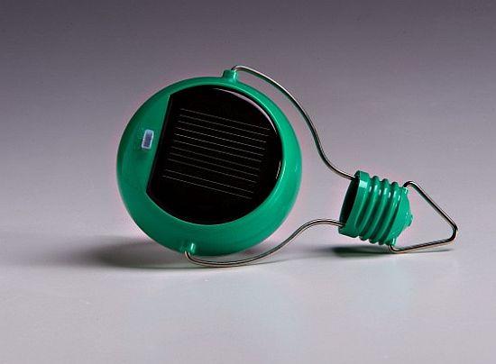 nokero n200 solar powered light bulb  02