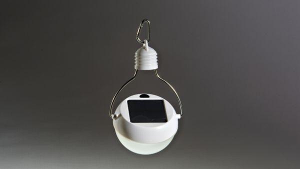 Nokero's Inventor Creates a Solar Light Bulb