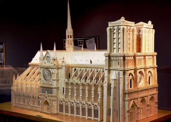 Notre Dame Cathedral using 298,000 MATCHSTICKS