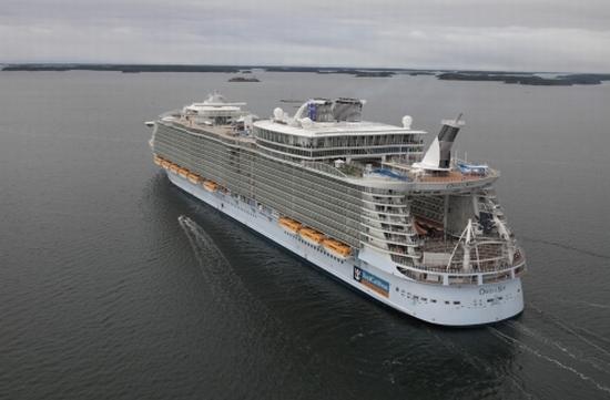 Eco Ships: World's largest cruise ship flaunts green ...