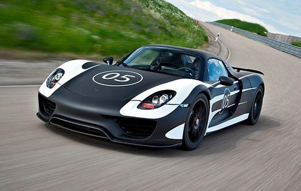 Porsche Releases Test Photos of 918 Hybrid Hypercar