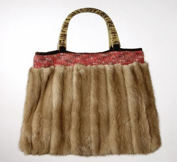 Recycled handbags with a class