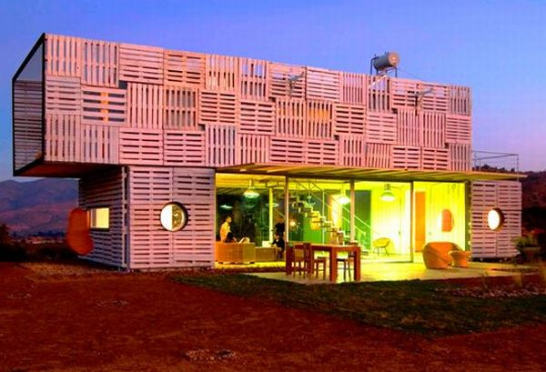 5 Examples of recycled shipping pallet architecture – Ecofriend