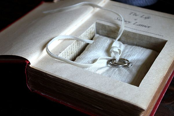 Ring Pillow Book Safes