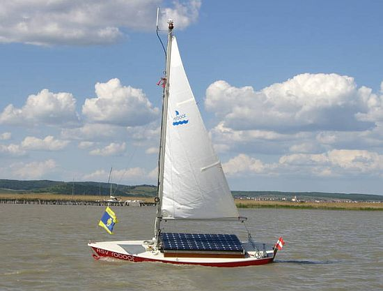 roboat sailboat1 yTs8l 69