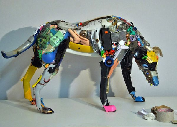 Dog Robot sculpture by Dario Tironi