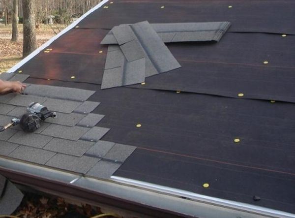How To Tar Paper Your Roof Ecofriend