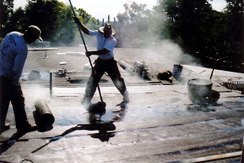 How To Waterproof Your Roof Using Roofing Tar Ecofriend