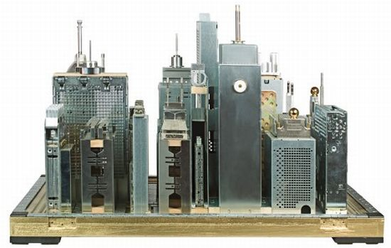 sculptures from electronic waste 1