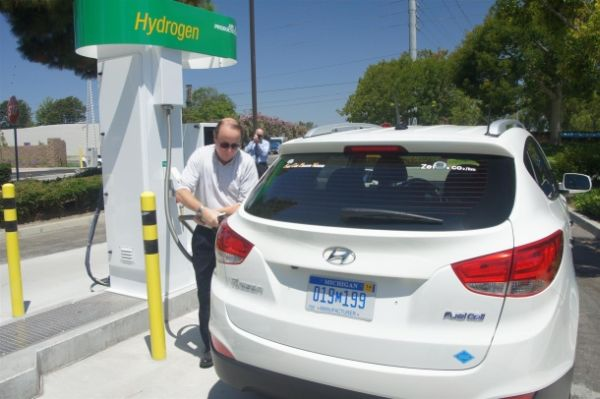 Sewage-powered hydrogen fueling station opens in CA