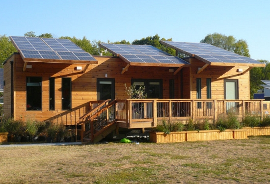 Eco architecture solar powered house merges simplicity for Solar powered home designs