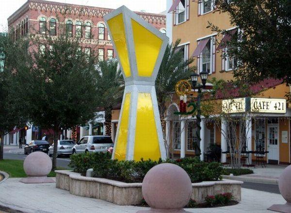 Solar light sculpture