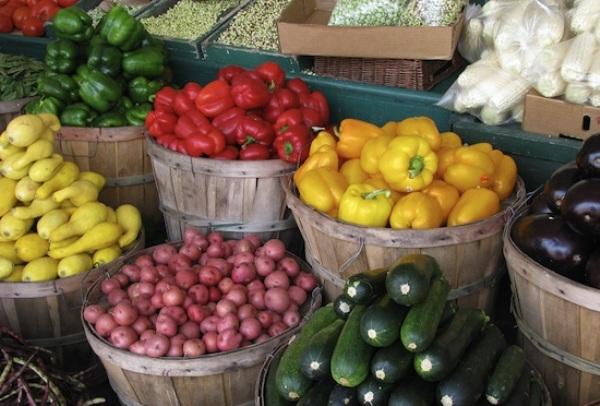 Solar powered farmers market