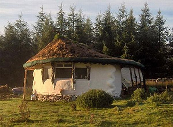 10 Environmentally Friendly Homes Made By Hand Ecofriend