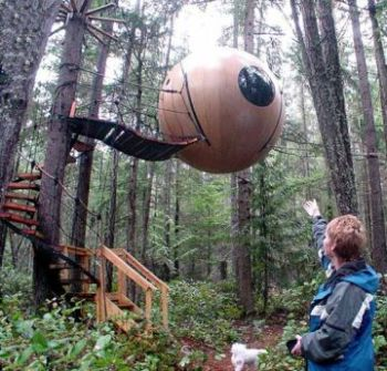 suspended tree house spheres2