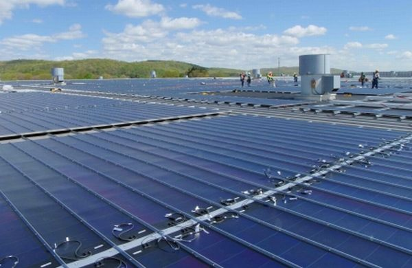 toys r us solar roof