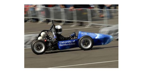... is the first hydrogen powered car used in racing this hydrogen car