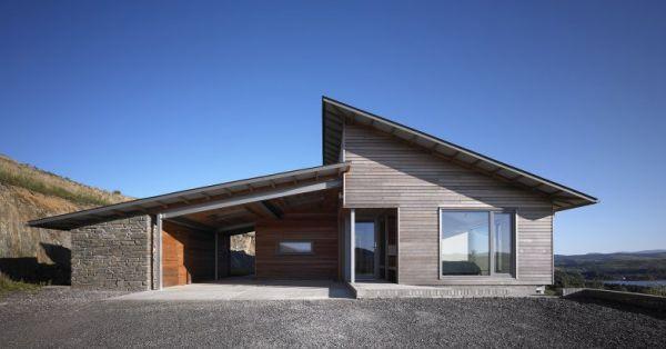Zero Carbon House designed by Simon Winstanley Architects