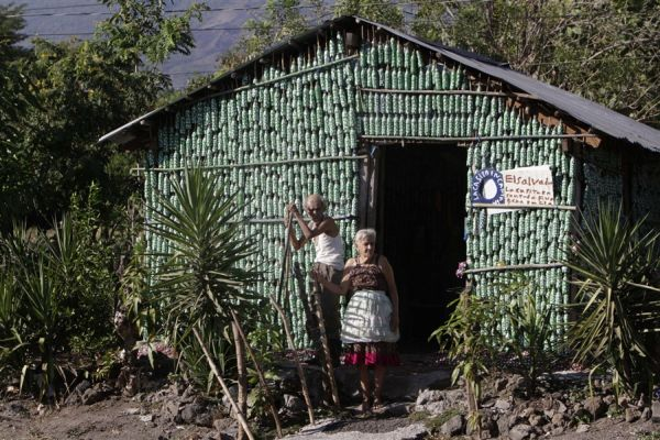 La Casita Encantada: An eco friendly house made of recycled