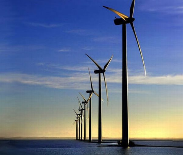 Large-scale offshore wind farms currently being planned ...